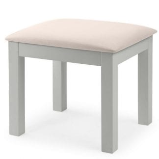 Maine-Dressing-Stool